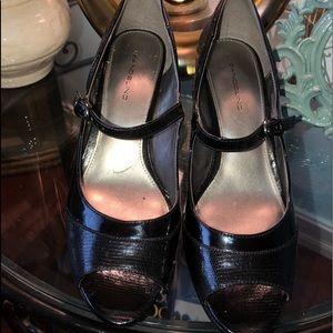 Bandolino black heels size 10